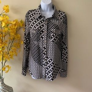 BCBG max azria long sleeve black white shirt M